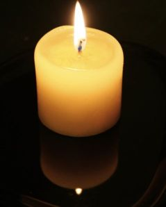 candle-flame-and-reflection2